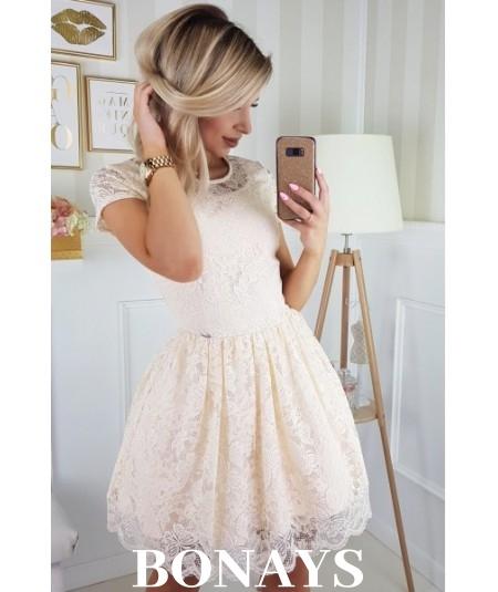 Sukienka pokryta koronką MILENA - kremowa