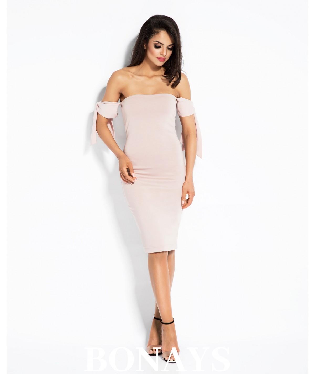 rózowa dopasowana sukienka bez ramion adel dursi
