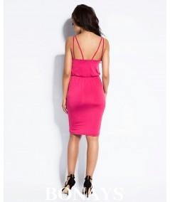 rózowa dopasowana sukienka dursi