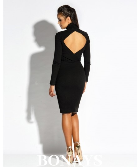czarna sukienka z golfem i dekoltem na plecach Dursi