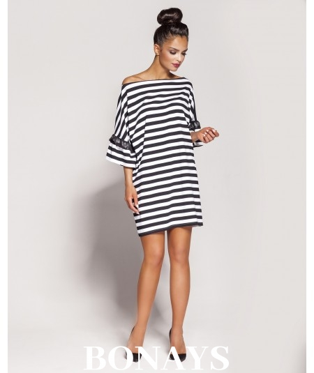 Oversizowa sukienka Peti - w paski - czarna