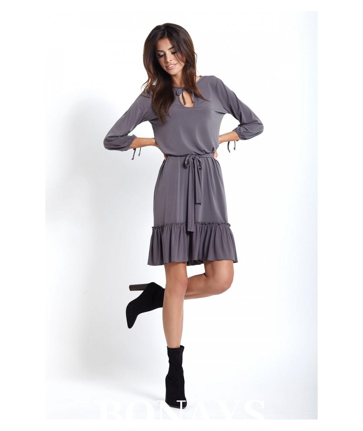 Lużna sukienka z dekoltem w kształcie litery V