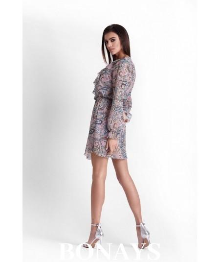 Sukienka w stylu boho w modny wzór paisley.