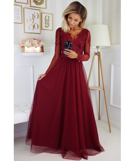 Bordowa sukienka an wesele - bicotone