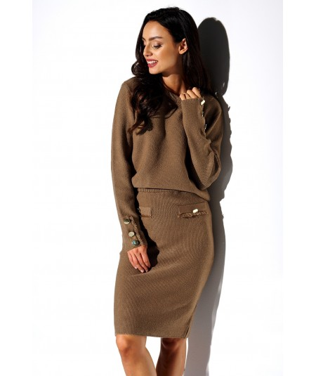 Elegancki komplet sweter i spódnica capucino
