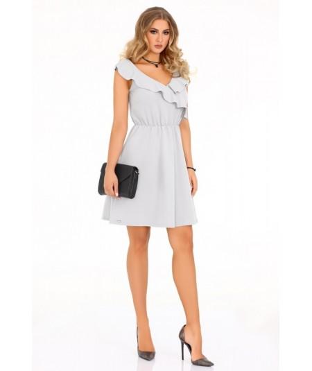 szara sukienka z falbanką marki merribel