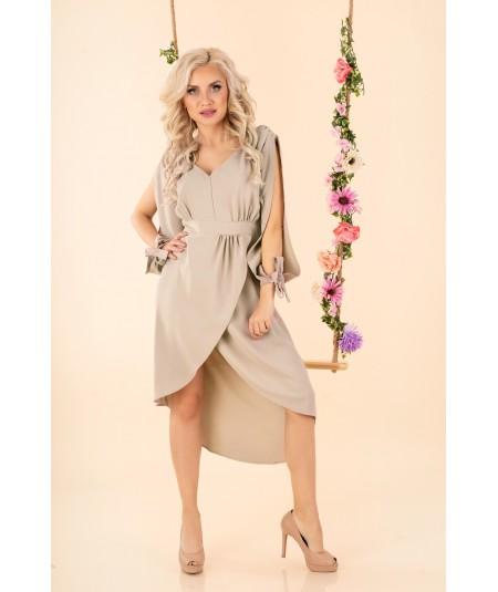 beżowa sukienka z pękniętym rękawem mallani merribel