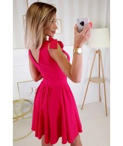 gładka malinowa kopertowa sukienka bicotone