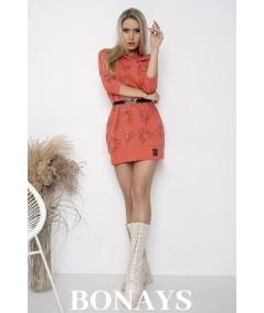 Koralowa dresowa sukienka z buldogami