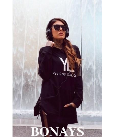Czarna luźna bluza damska – You Only Look Once