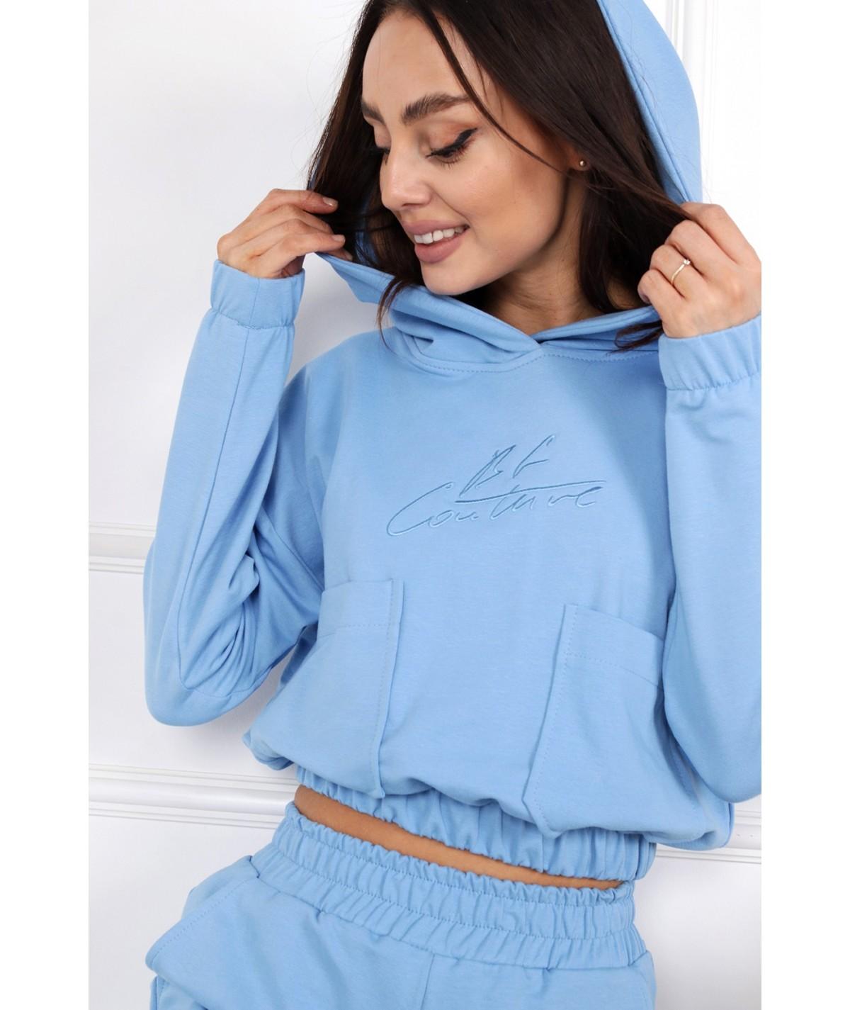 Błękitny dres z haftem i kieszeniami Honey