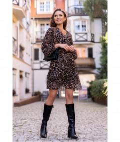 Kopertowa sukienka w panterkę Nerasa