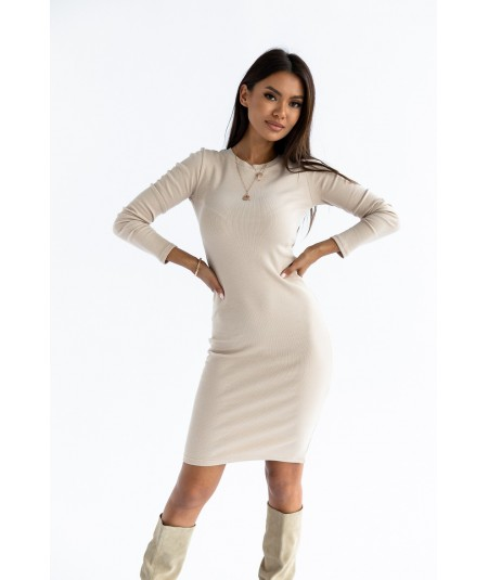 Bawełniana sukienka o dopasowanym fasonie beżowa